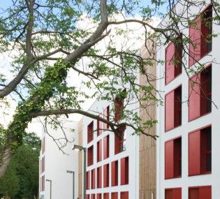 Résidence de 59 logements à Bessancourt. Architecte: Atelier Pascal Gontier