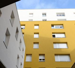 Résidence de 93 logements à Grigny. Architecte: Agence Seyler & Lucan et entreprise Constantini. Photographe: Sylvie Duverneuil